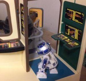 Maintenance droid